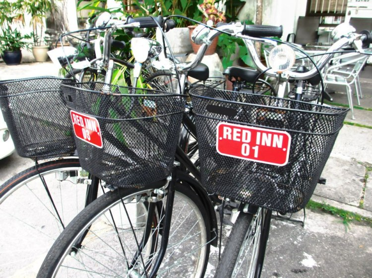 The hostel provides bicycle for rent if you want to tour the city by bicycle...