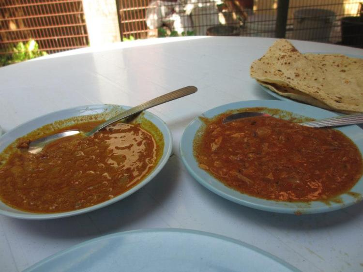 Tried their capati [recommended to order 2 pieces] and the minced beef curry as well as sardines in chilli paste.