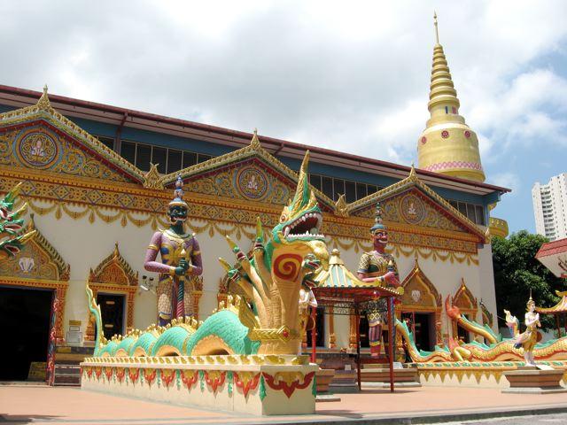 Wat Chayamangkalaram at Lorong Burmah, Georgetown, Penang. Photo (c) http://www.visitpenang.gov.my/portal3/what-to-see/attractions/wat-chayamangkalaram.html
