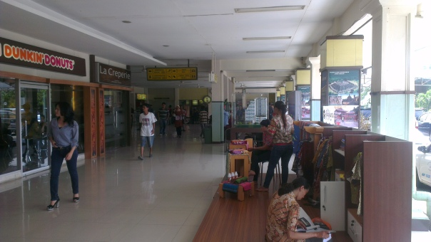 Achmad Yani International Airport Foyer...