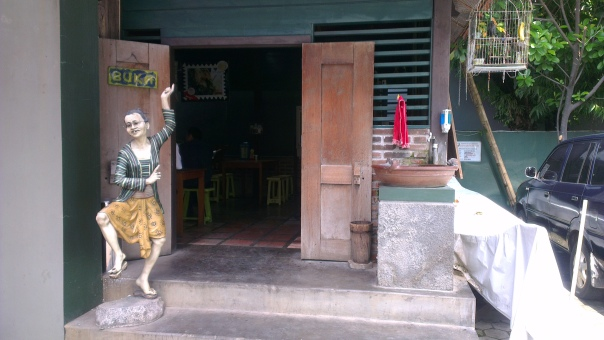 Welcome to Mbah Jingkrak restaurant- authentic Javanese food...