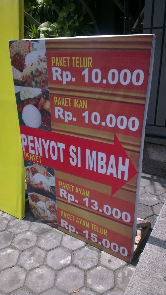 The price for smashed-chicken rice set and others...