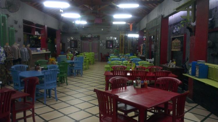 Delicious food at Mbah Jingkrak, Semarang.