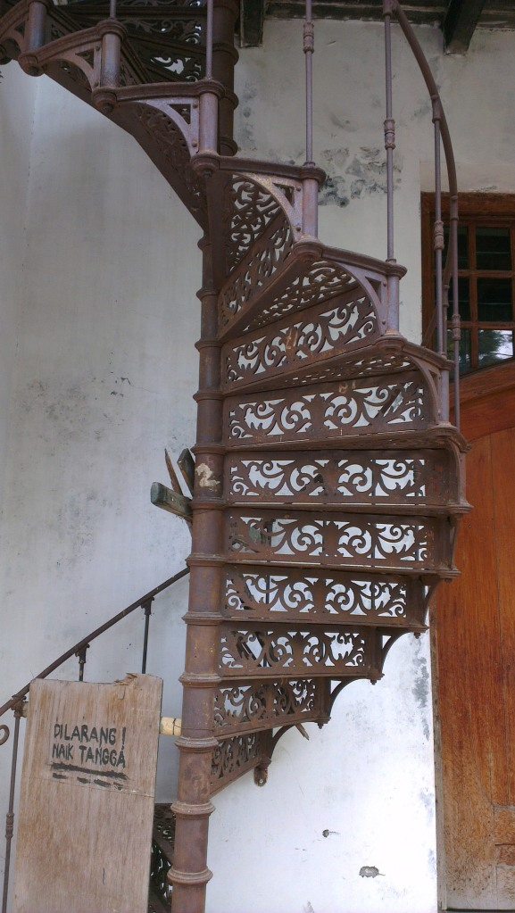 Spiral stairs, something that is rarely found today...
